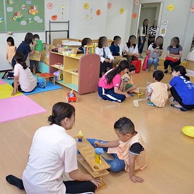 常磐会幼稚園の先生と子どもたちがやってくる!